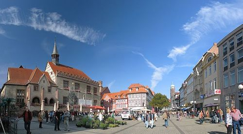 Goettingen Marktplatz - Marketplace in Goettingen - Antilived