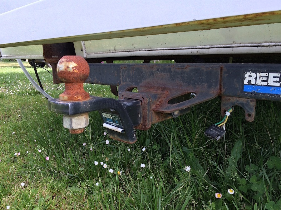 Rusted RV ball and hitch